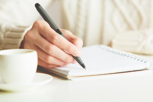 「嘆願書」って何?読み方・具体的な書き方・効果について解説!のサムネイル画像